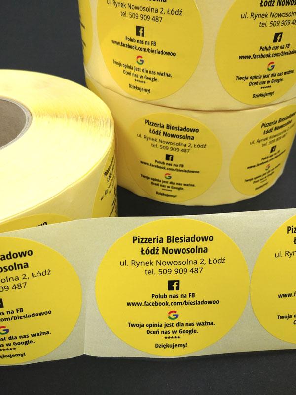 Etykiety i naklejki przeróżnych rodzajów